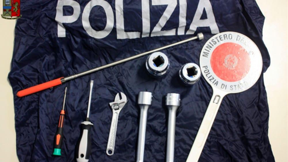 attrezzi scasso polizia-2