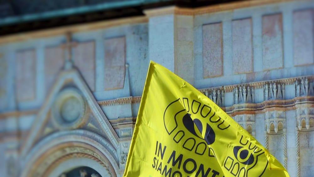 Bandiera a San Petronio-3