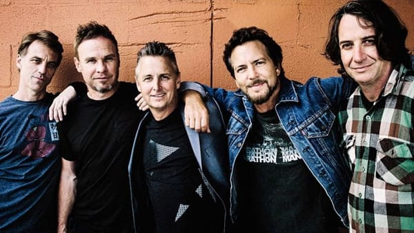 I Pearl Jam in concerto a Imola nel 2021: unica data italiana all'autodromo