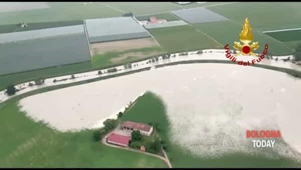 VIDEO\ Esondazione del Sillaro: le immagini dall'elicottero