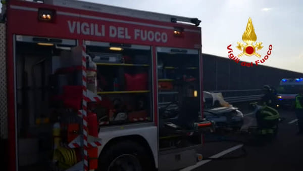 Incidente in A1: morte tre donne, le immagini dei soccorsi | VIDEO