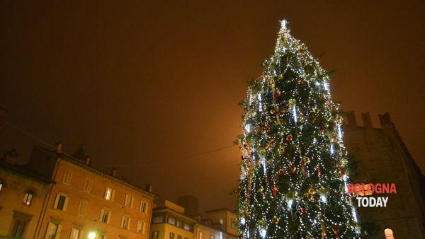 I migliori eventi di Natale a Bologna: l'atmosfera magica dai mercatini ai classici a teatro
