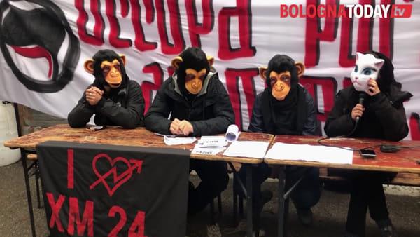 """Xm24 torna in Bolognina e occupa: """"Messaggio alla città, non a Lepore"""" \ VIDEO"""