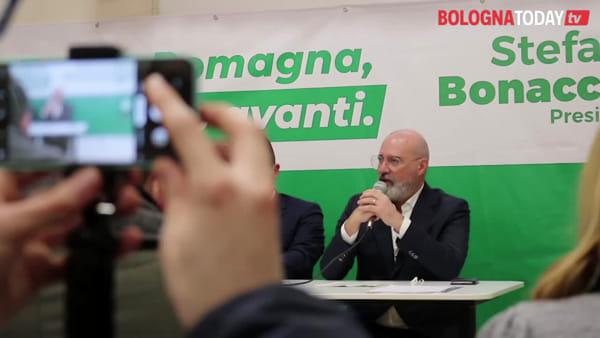 """Regionali, il piano di Bonaccini: """"Se vinco trasporti gratis per 600mila studenti"""""""