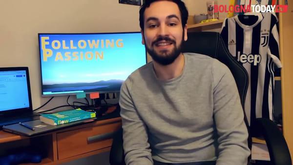 """Laurearsi ai tempi del coronavirus: """"Parenti in streaming e proclamazione in pantaloncini""""   VIDEO"""