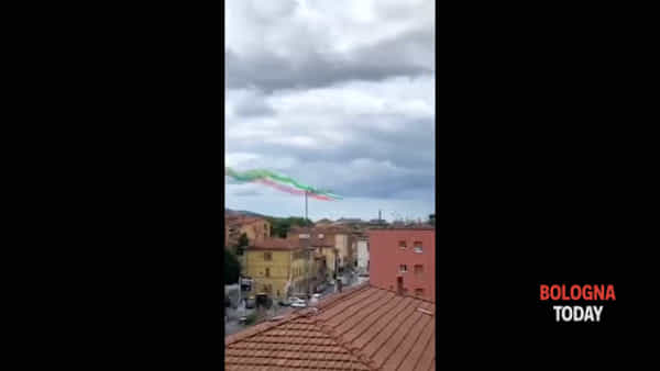 VIDEO | Frecce Tricolori, show in anticipo per maltempo. Delusione sui social