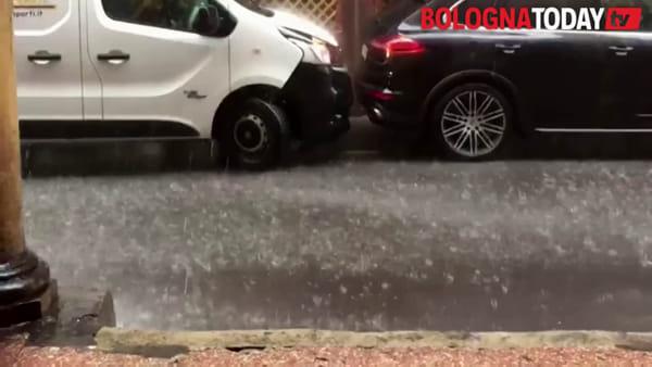 Violento temporale su Bologna - IL VIDEO