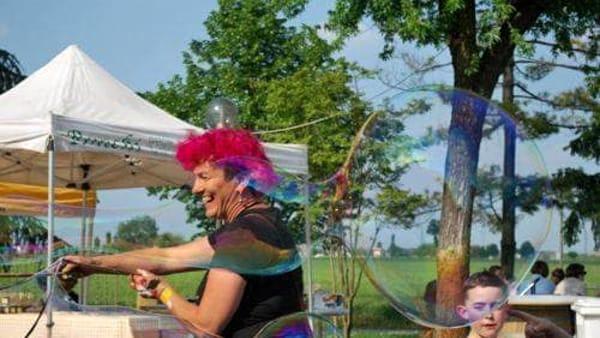 """""""La tenda in Giardino"""": spettacoli, laboratori e bolle di sapone!"""