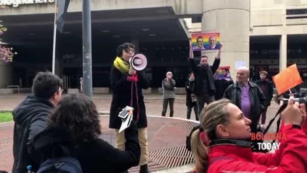 VIDEO| Presidio in Regione: 'Vergogna non aver approvato legge sulla omotransfobia'