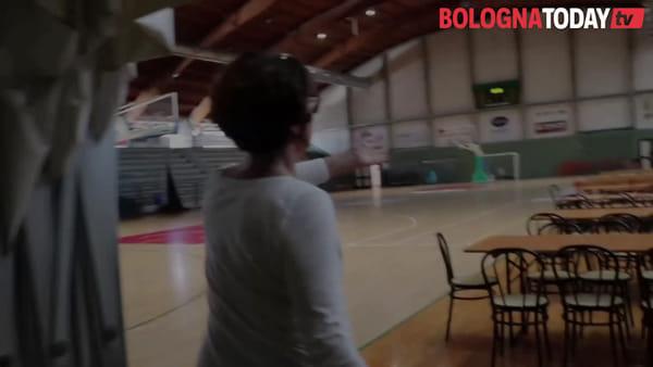 """Maltempo Budrio, le voci degli sfollati: """"In mezz'ora l'acqua al primo piano"""" - VIDEO"""