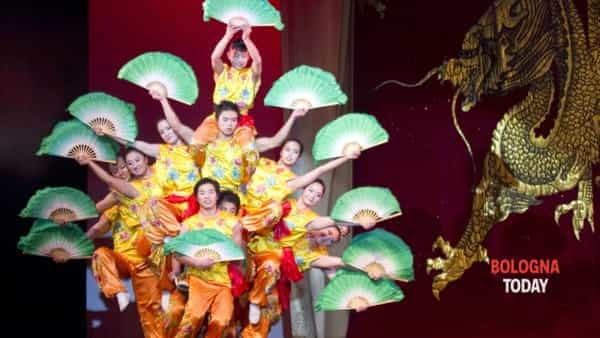 L'arte acrobatica cinese a Bologna: The Chinese Acrobatic Circus of Henan
