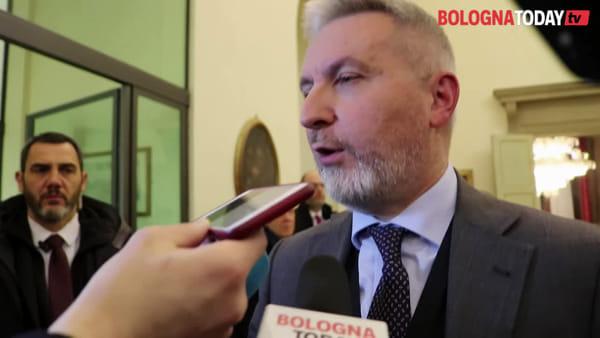 Valorizzazione ex caserme, firma Comune e Ministero tra i fischi di Xm24 | VIDEO
