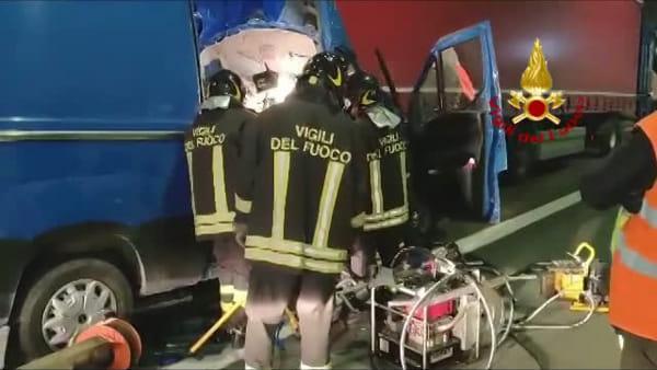 VIDEO| Castiglione dei Pepoli: incidente in galleria