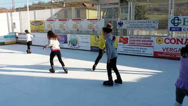 Pista di Pattinaggio a Vergato: giochi sul ghiaccio fino all'Epifania