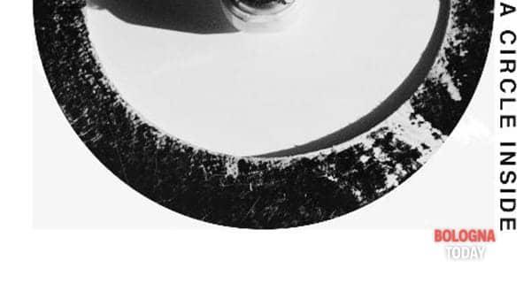 """""""A circle inside"""": la mostra fotografica di Simona Esposito"""
