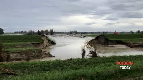 VIDEO | Idice Budrio, la situazione del fiume nel punto dove ha rotto l'argine
