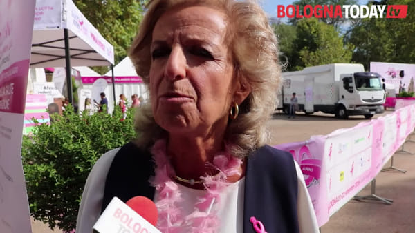 Ai Giardini il villaggio della salute per la Race for the Cure\VIDEO