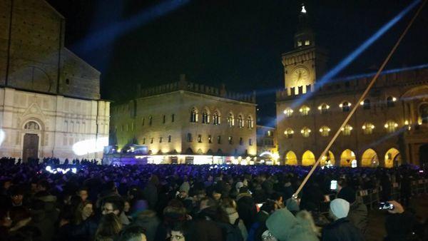 Capodanno 2017 a Bologna: la 'lunga' notte in Piazza Maggiore