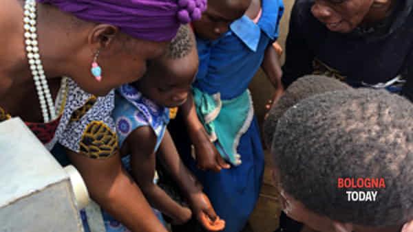 festa in malawi per il pozzo di ngamwani two-3