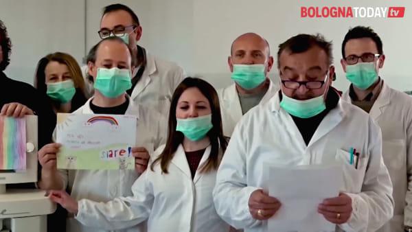 """Coronavirus, il video-messaggio di chi produce respiratori: """"Ce la mettiamo tutta, state a casa"""""""