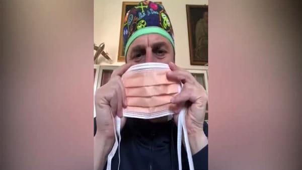 Coronavirus, mascherine altruiste o egoiste: il tutorial del chirurgo del Rizzoli | VIDEO