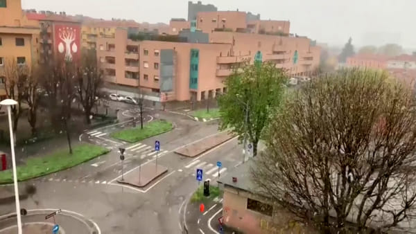 Neve oggi a Bologna | VIDEO