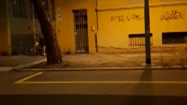 Incendio in viale Pietramellara, il rogo divora l'appartamento | VIDEO