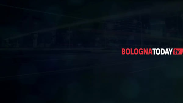 In bici in tangenziale contro il Passante di Mezzo \ VIDEO