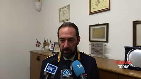 """Incendi al Savena - Mazzini, Polizia: """"Ecco gli elementi che ci hanno portato al responsabile"""" - VIDEO"""