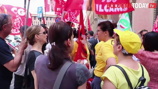Mercatone Uno, sfratti, tasse e blocco mutui: la risposta di sindacati e sindaci