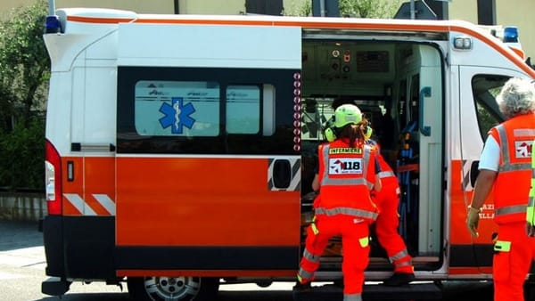 Incidente a Imola, pedone morto investito da un'auto in via Montericco