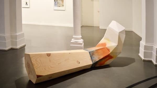 """""""Ombreggiature di un ordine mobile"""", la scultura di Attilio Tono in mostra"""