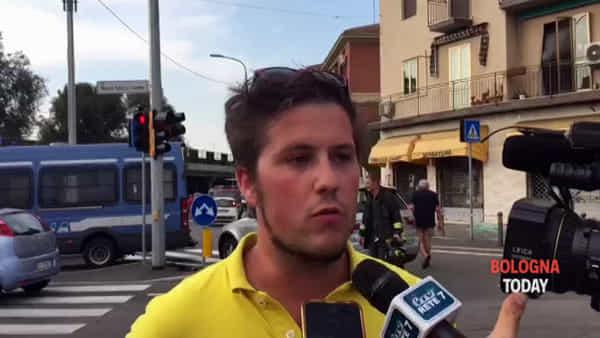 Esplosione dopo incidente, il concessionario: 'Stavo lavorando, poi sono saltati tutti i vetri'