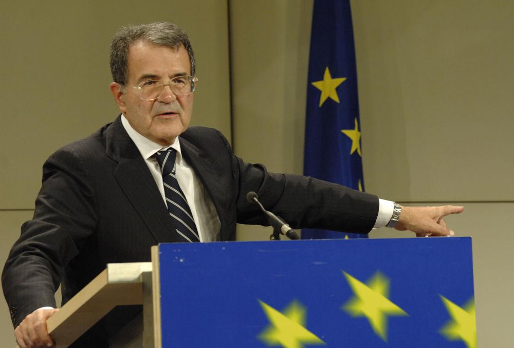 """Prodi: """"Sta cambiando il mondo, non escludo che riporti un discorso di centro-sinistra"""""""
