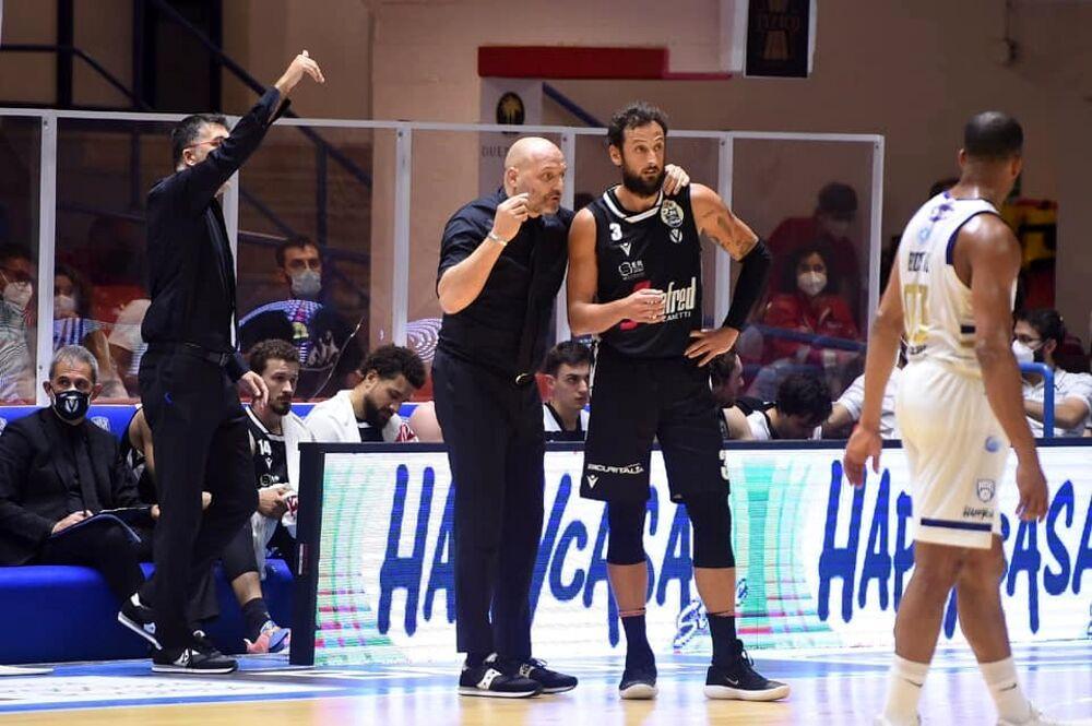 Virtus Bologna-Happy Casa Brindisi 78-75. Le Vu nere raggiungono la finale