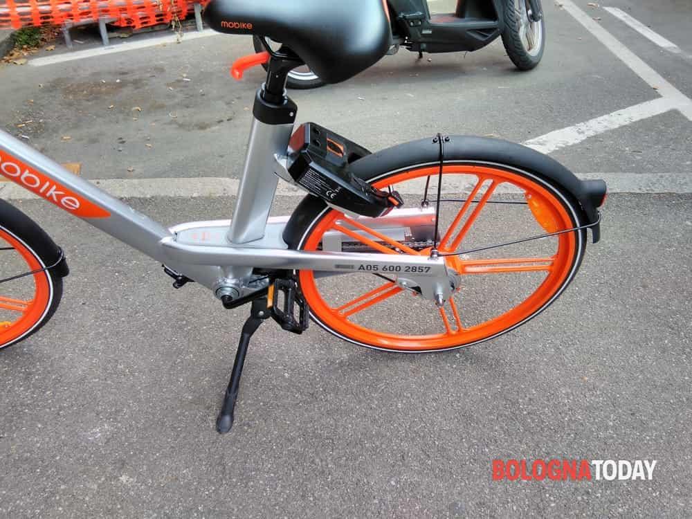 Via Saliceto: scippo in mobike, via la borsa con 500 euro