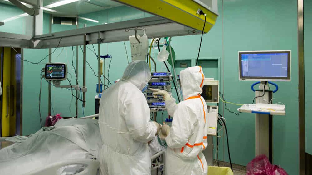 Coronavirus, bollettino 4 aprile: +403 casi e 13 morti a Bologna, ricoveri giù