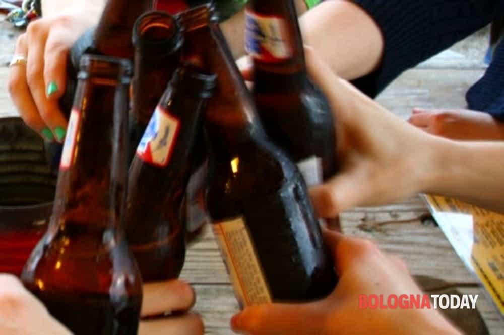 Alcool negli alimentari, prorogato lo stop alla vendita dopo le 18