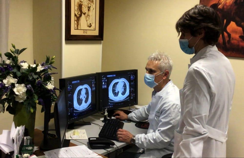 Coronavirus Emilia-Romagna: il virus picchia duro, a Imola morto un 45enne