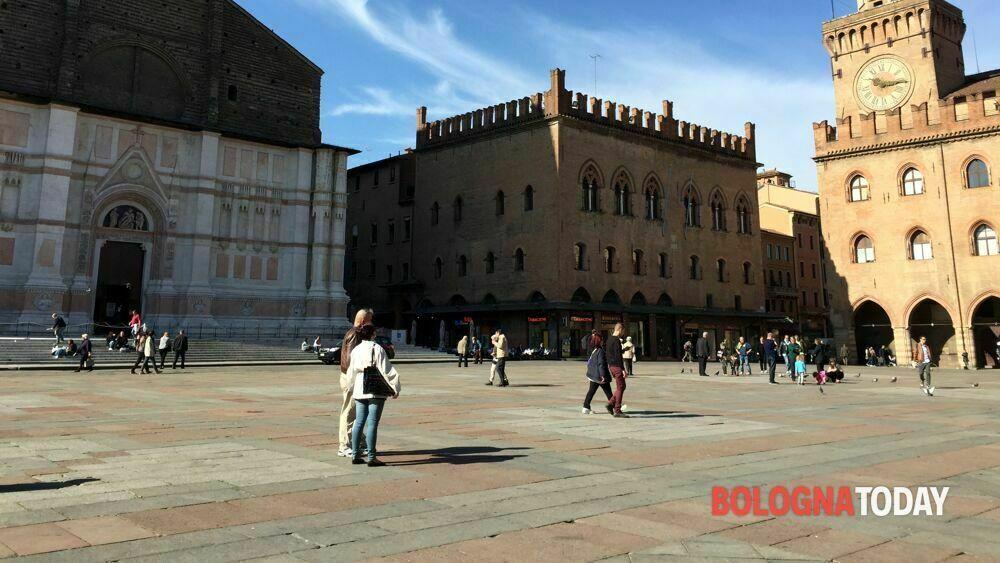 Bollettino covid 29 maggio: 40 nuovi casi a Bologna e 2 decessi. Rapporto positivi/tamponi all'1%