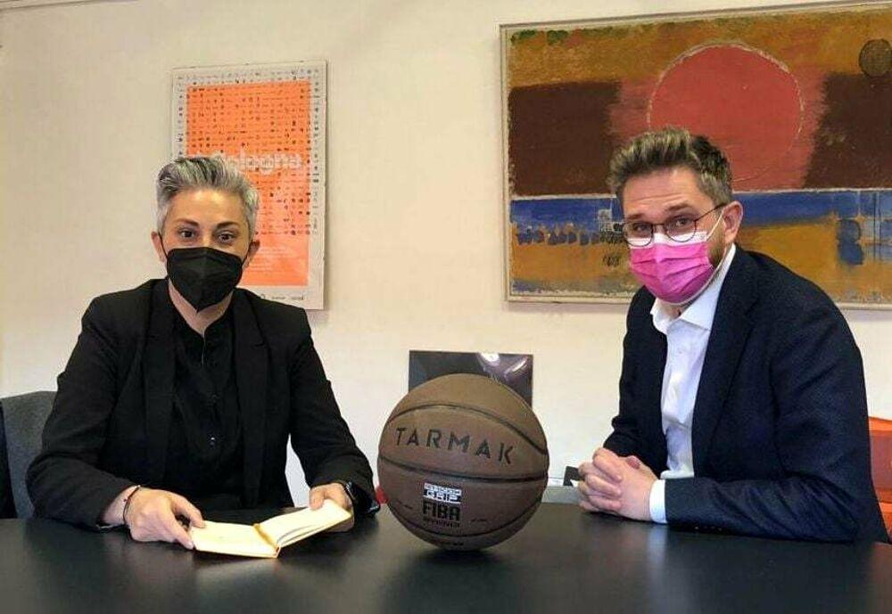 """Comunali Bologna, Cathy La Torre: """"Avrei voluto sfidare Lepore, ma scelgo di stargli accanto"""""""