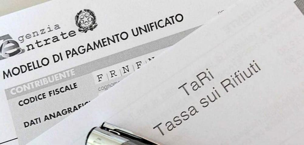 """Covid, """"Fondi per la Tari a sostegno di imprese e Comuni"""": la Regione chiama il Governo"""