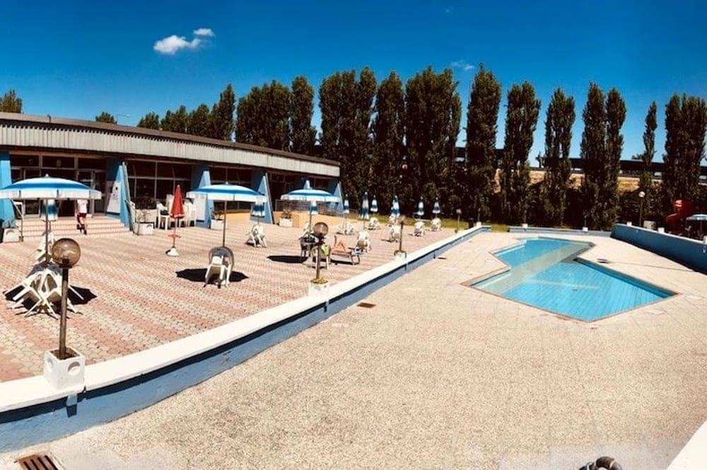Ferragosto in piscina: zumba in acqua, cocomerate e musica ...